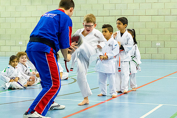 LChamps-kids-karate-3